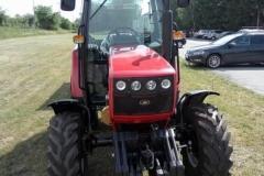 Traktor belarus 2