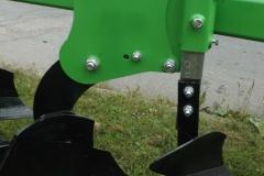 PANEXAGM-Plug-Cetverobrazni-Bomet-UO31-1 (1)-min