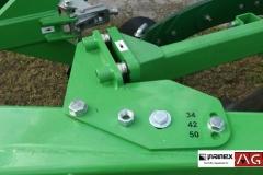 PANEXAGM-Plug-Cetverobrazni-Bomet-UO52-1 (10)-min