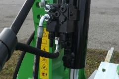 PANEXAGM-Plug-Cetverobrazni-Bomet-UO52-1 (3)-min