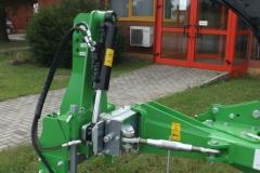 PANEXAGM-Plug-trobrazni-bomet-UO64 (3)-min